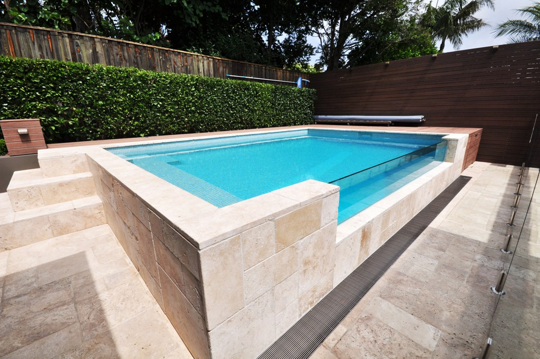 Feature walls better pools and spas for Spa and pool